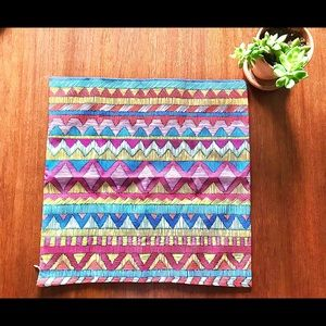 Set of 2 Kilim style decorative pillowcases